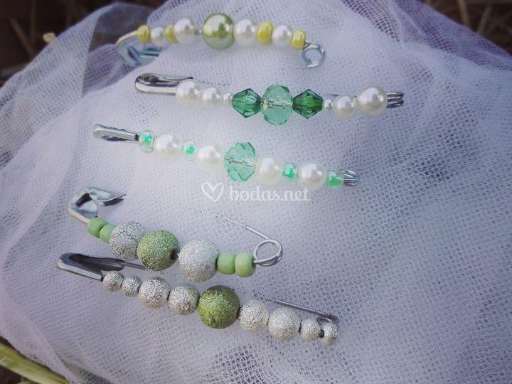 Broches en tonos verdes