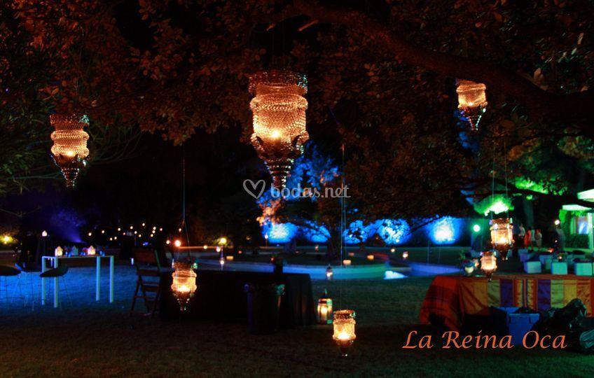 Iluminación color y velas