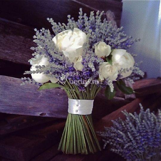Bouquet  Lavanda y Rosas