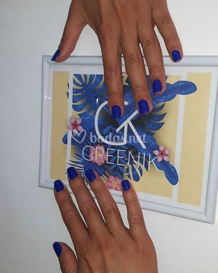 Un toque azul