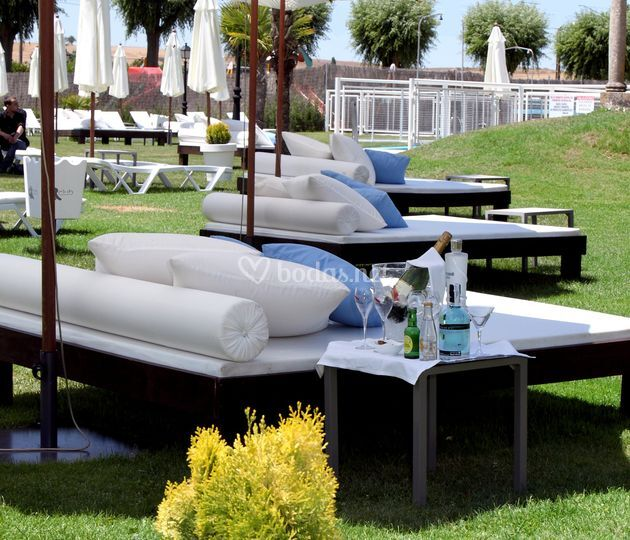 Zona Piscina Chill Out