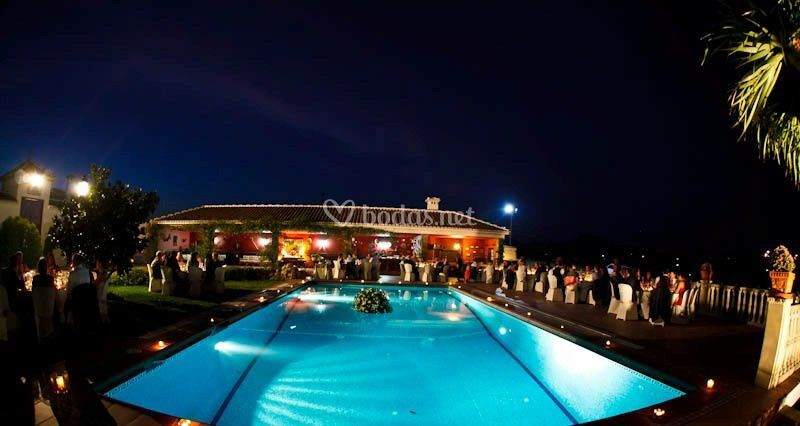 Celebración exterior piscina