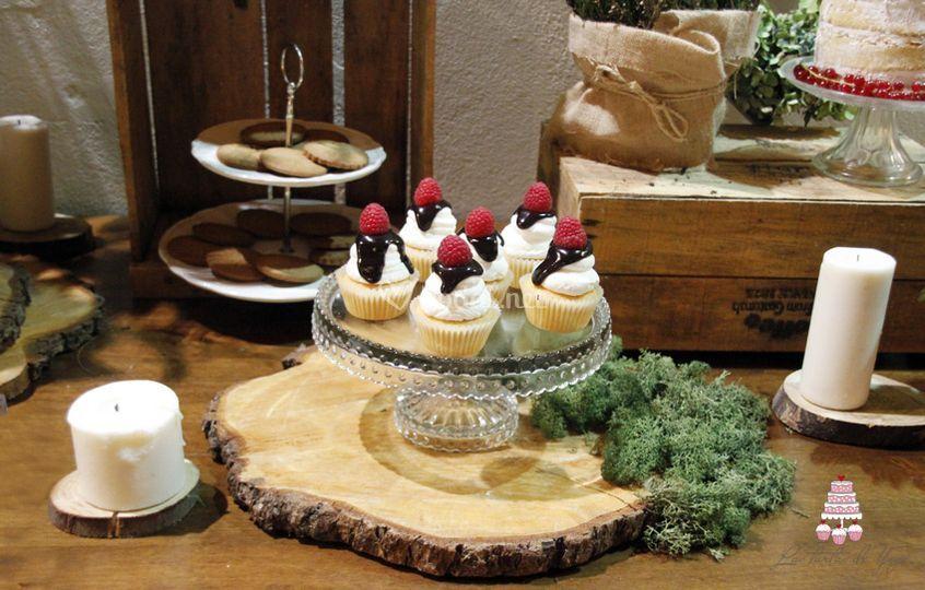 Cupcake con frutos del bosque