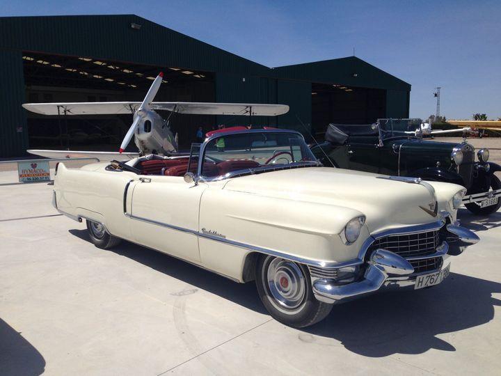 Cadillac El Dorado 1955 crema