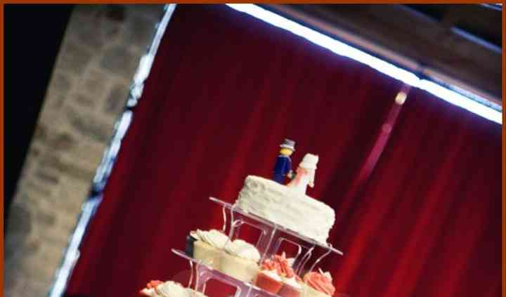 Torre de cupcakes&tarta