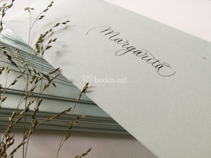 Sobres artesanos en caligrafia