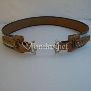 Cinturon de piel de senora