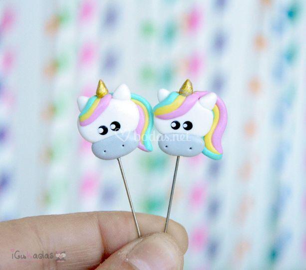 Alfileres de boda unicornios