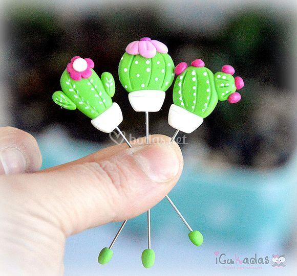 Alfileres de boda cactus