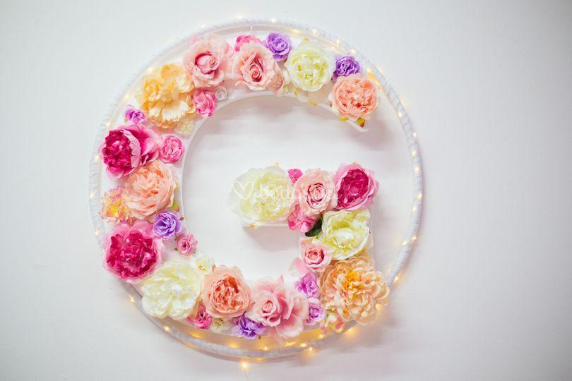 Letra con flores