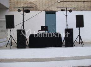 Equipo de audio e iluminación