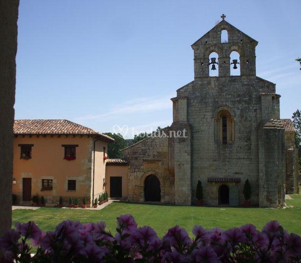 Iglesia románica S.XII