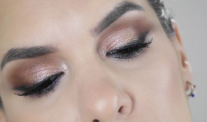 Ana Lobo - Maquilladora Profesional 1