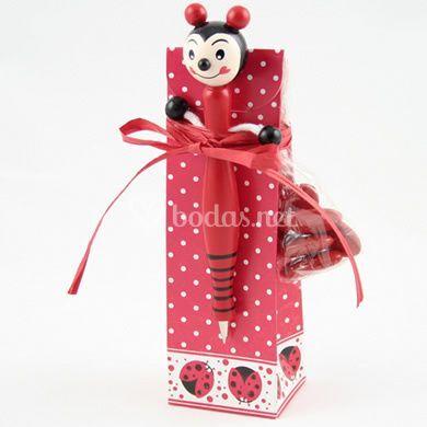 Bolígrafo mariquita en caja con peladillas