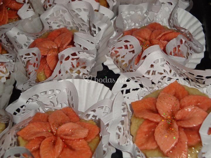 Pasteles presentados para boda