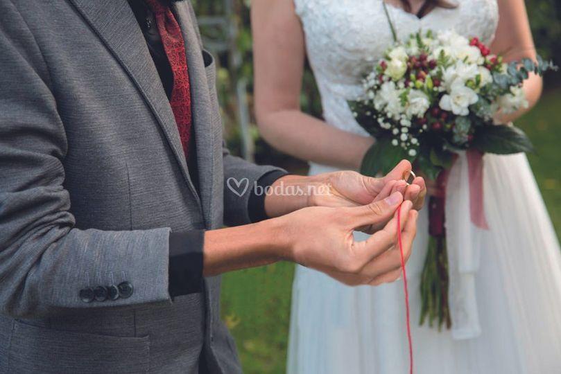 Magia con anillo de boda