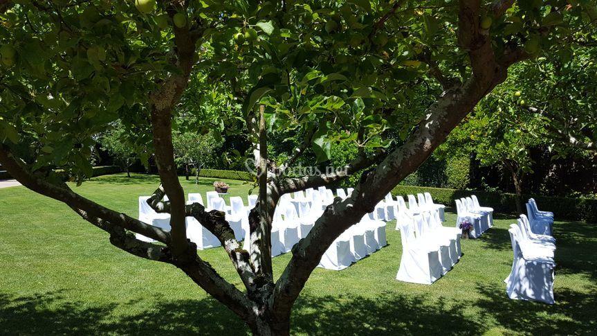 Ceremonia en los jardines