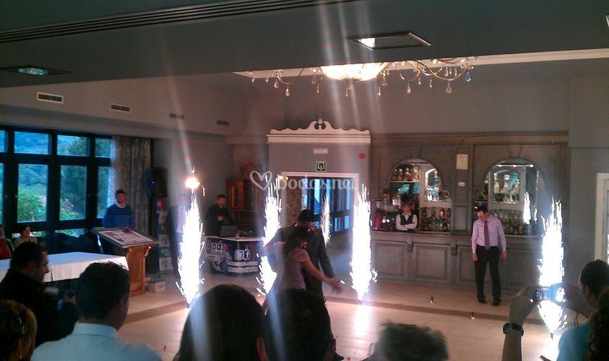 Bengalas abriendo el baile