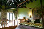 Habitación con detalles en color verde