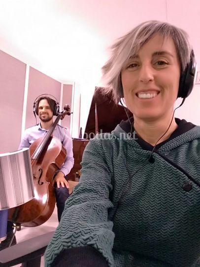 Grabando cello