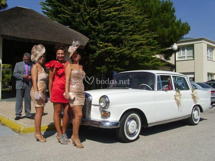 Mercedes colas 200D 1965