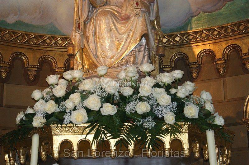 Decoración del altar de la iglesia