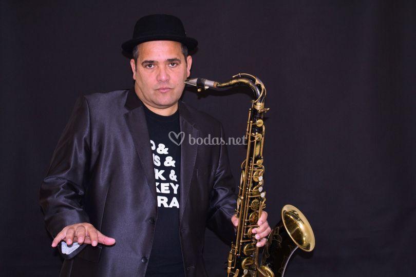Rafael Garcés Pianist-Sax