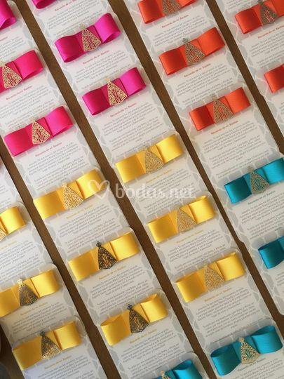 Tarjetería de colores