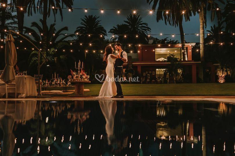 Iluminamos tu boda