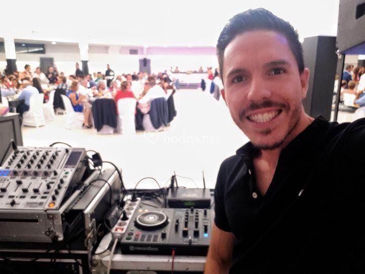 Dj principal, Alejandro