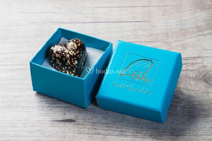 Cajita azul con bombón