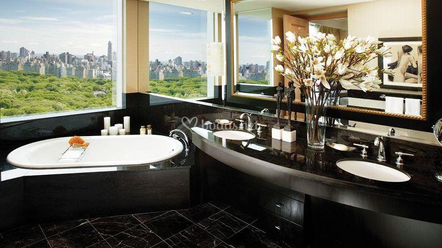 Baño orienta con vistas