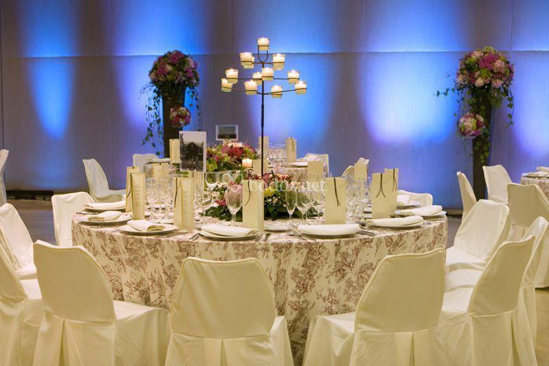 Banquete en tonos claros