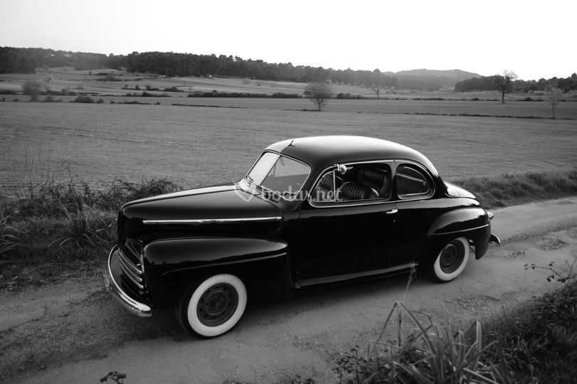 Ford 1947 coupe
