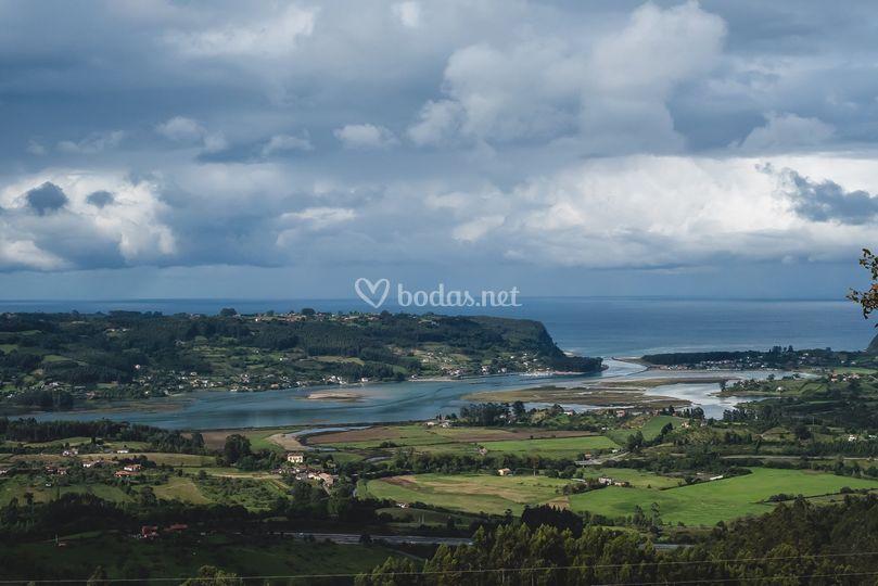 Vistas al mar y ría Villavicio