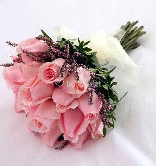 Bouquet de rosas rosas