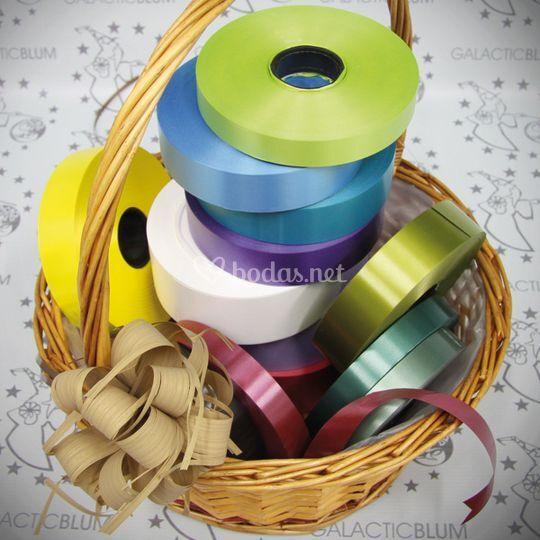 Rollos de cintas simple de varios colores y tamaños