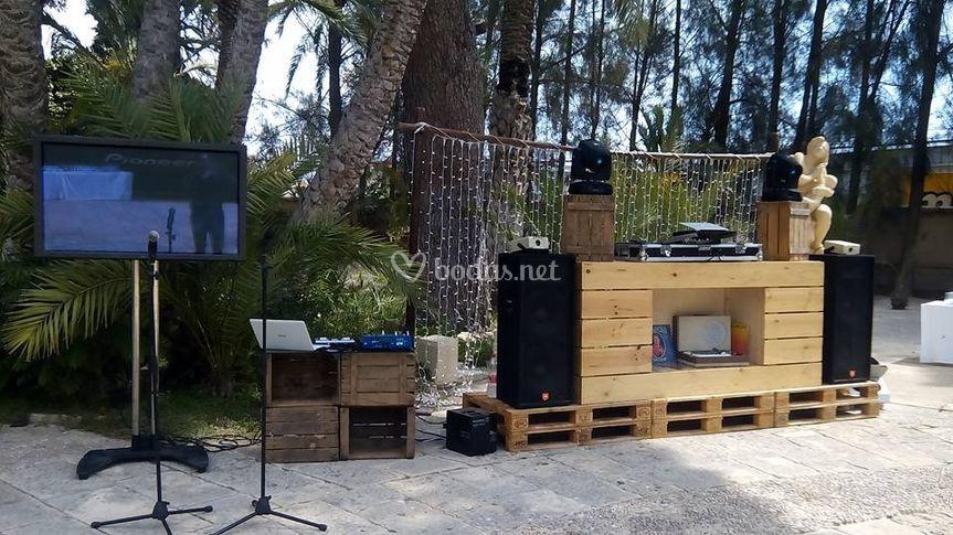 Disco y karaoke