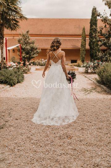 Vestido de novia con espalda