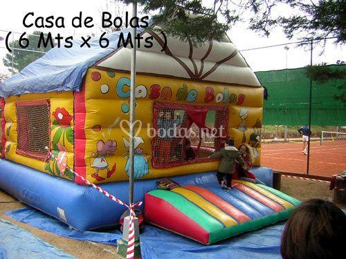 Casa de las bolas de divermax alquiler de hinchables foto 2 for Alquiler parque de bolas