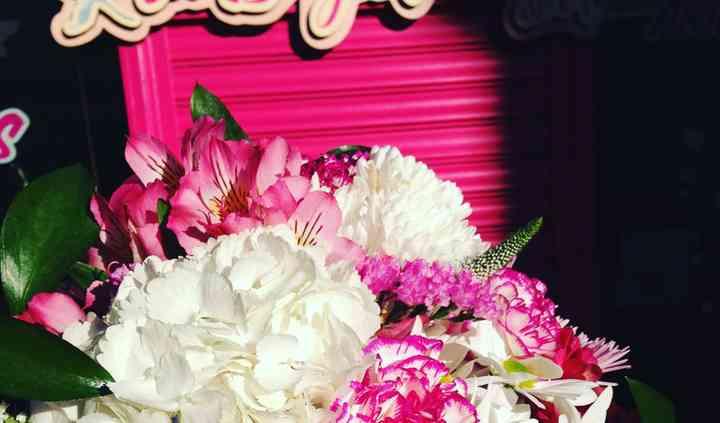 Combinación en blanco y rosa