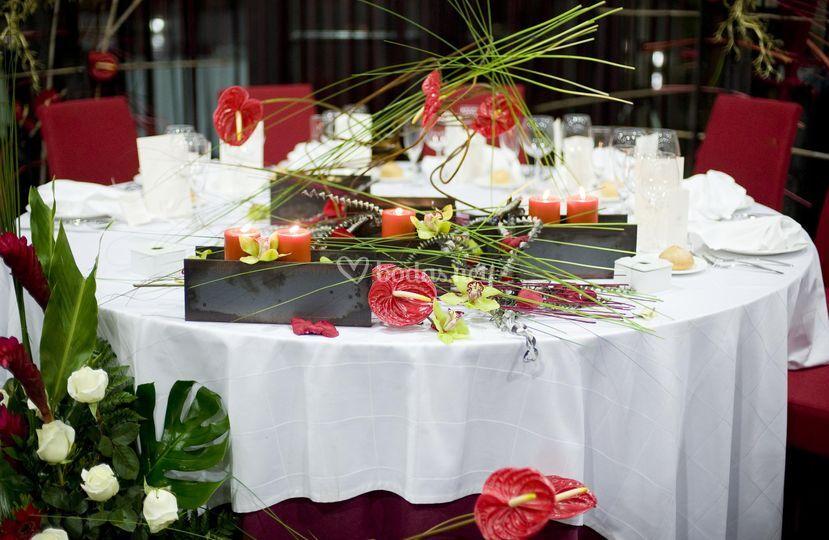 Detalle mesa boda Restaurante Atland de Eurostars Rey Fernando