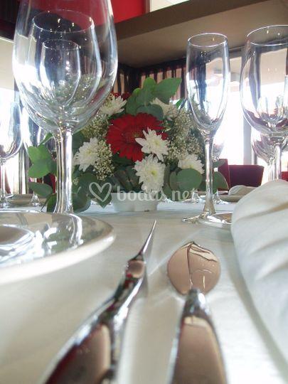 Detalle mesa boda Hotel Rey Fernando II de Aragon