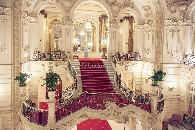Escalera de Casino de Madrid
