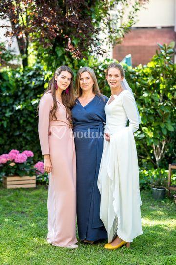 La novia y sus invitadas