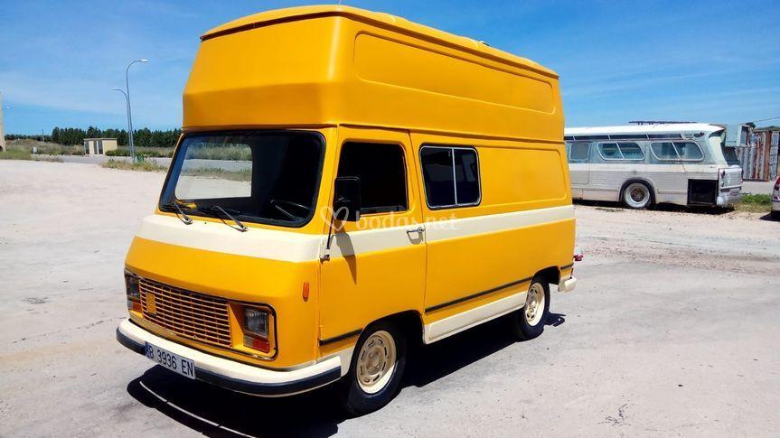 Pegaso J4 Amarilla