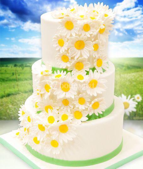 Tarta de boda con margaritas