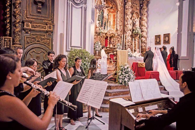 Coro y agrupaciones de Iglesia