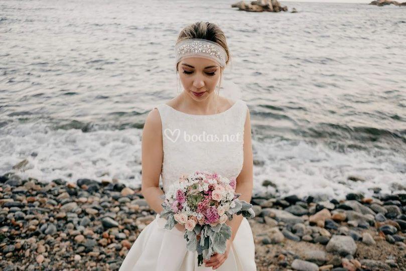 Bandó con pedrería para novia