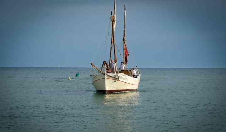 Entrada en barca